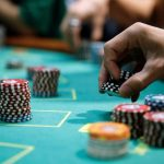 Advantages of Playing Cards Online on Pkv Games Servers
